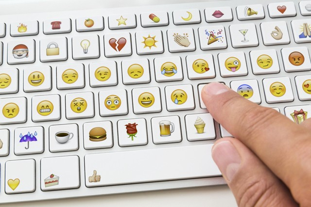 how-to-create-an-emoji-keyboard-layout-for-windows-10-490358-2